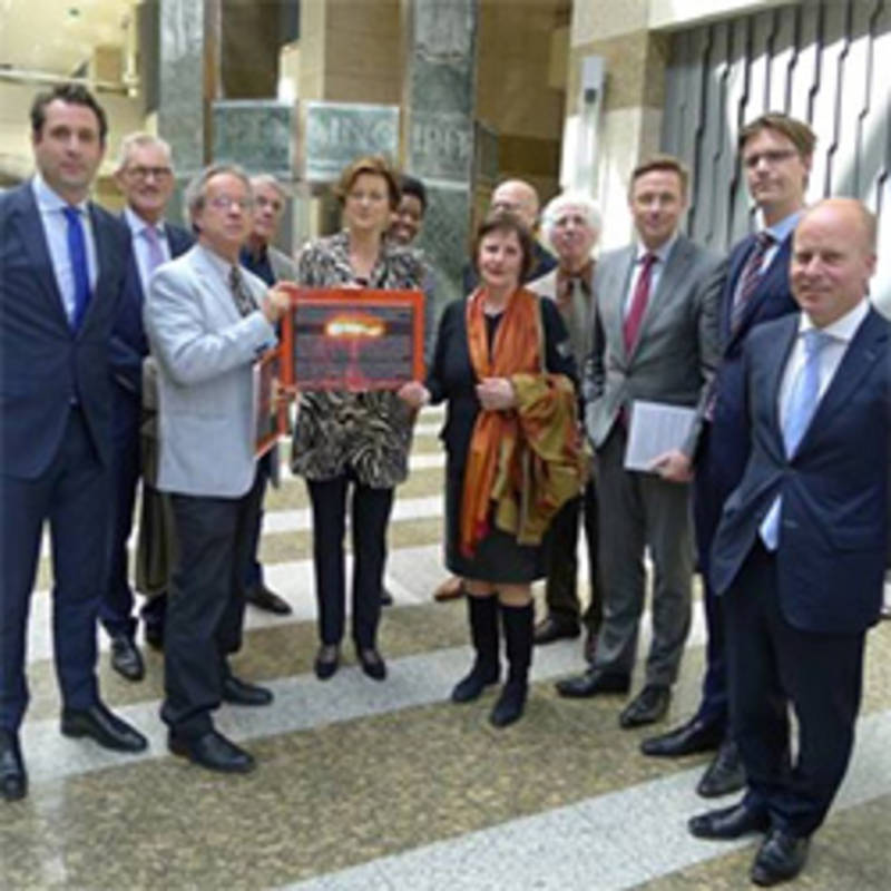 NVMP: Dutch Medical Appeal against NWs handed over to Parliament influenced the debate