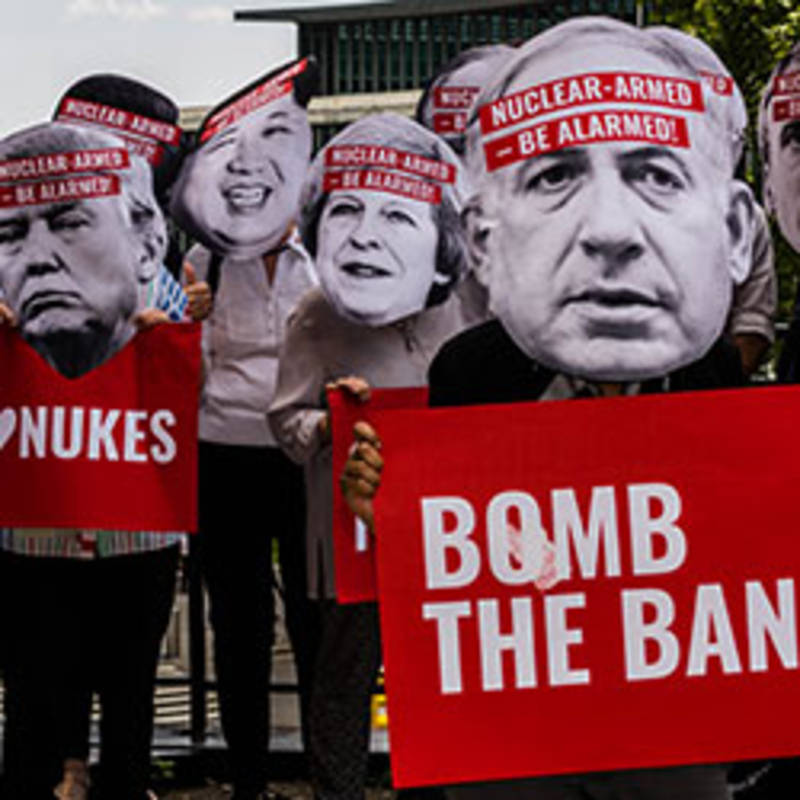 Demonstration in New York according to the UN discussion of a nuclear weapon ban, photo by Ralf Schlesener